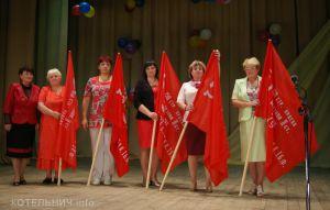 Копии знамени Победы появятся в котельничских школах