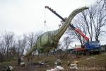 Нажмите для предпросмотра изображений.  Парящий апатозавр - это впечатляет.