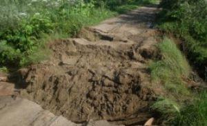 На дамбе в Шалеевщине ведутся восстановительные работы